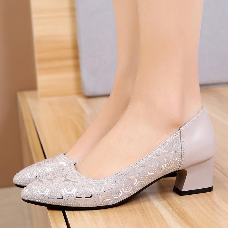 粗跟单鞋春秋新款时尚浅口真皮鞋中年妈妈鞋瓢鞋夏季女鞋大码鞋子